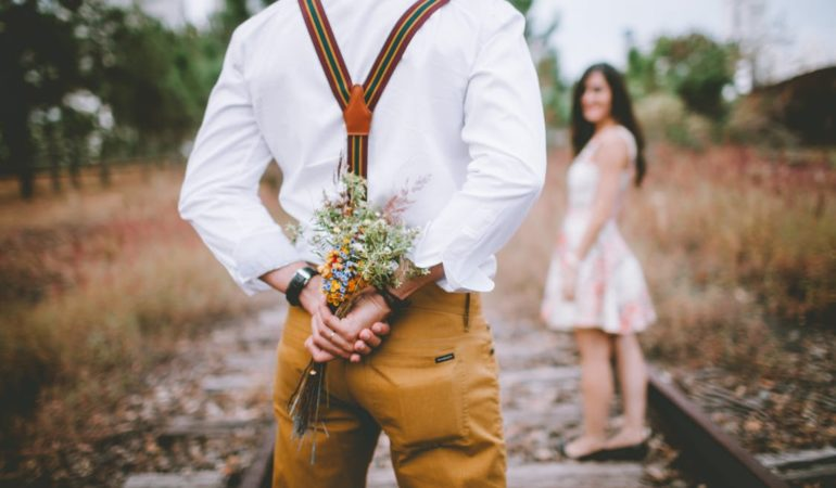 4 Fashion Tips for Men Going on a First Date