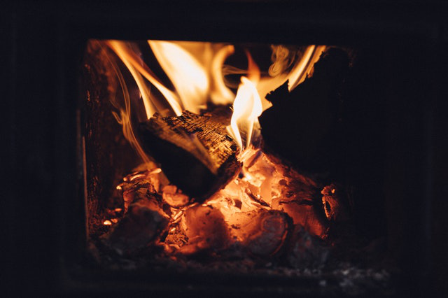 Compare Gas, Wood, And Electric Fireplaces For Your Home
